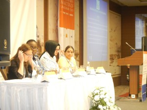 Natalia Molina, Panel