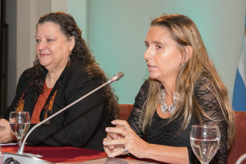 """Natalia Molina partició del panel """"Repensar la cuestión de género. Un abordaje multidisciplinario"""" en el Congreso Internacional """"Conciencia de Género y Sociedades Pacíficas""""."""