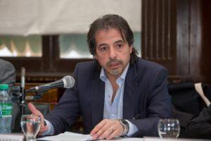 El juez Marcelo Vázquez dando su exposición en la Facultad de Buenos Aires UBA.