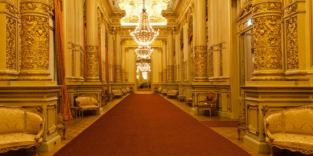Teatro Colón: Protegen bienes de su patrimonio cultural
